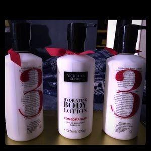 Victoria's Secret hydrating body lotion